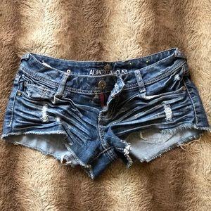 Almost Famous Cutoff Denim Shorts